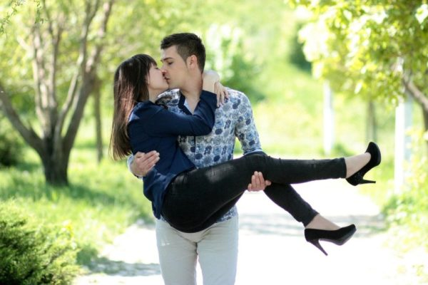 15 способов стать лучшим партнером в ваших отношениях