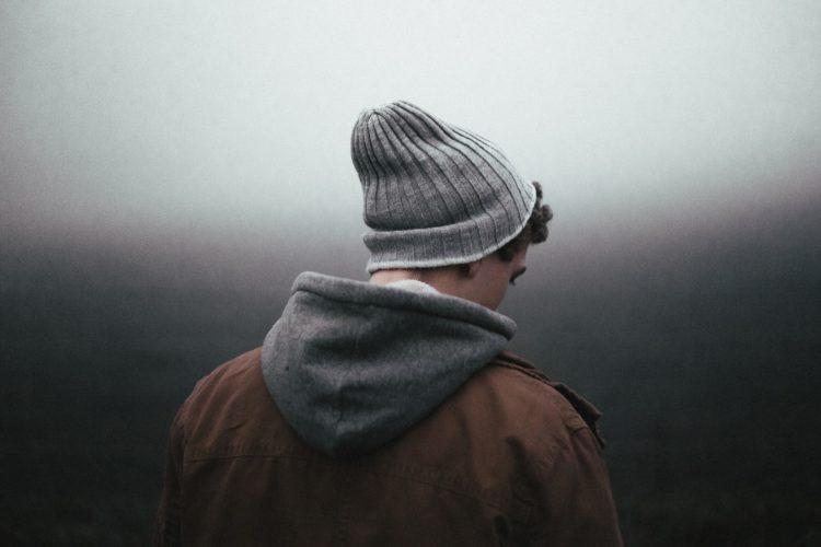 7 интересных психологических фактов о застенчивых парнях