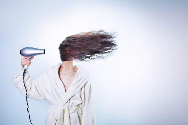 Почему мужчинам нравятся длинные волосы?